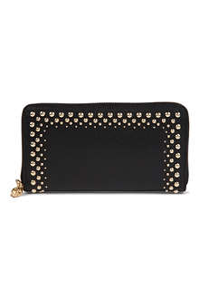 ALEXANDER MCQUEEN Skull studded leather wallet