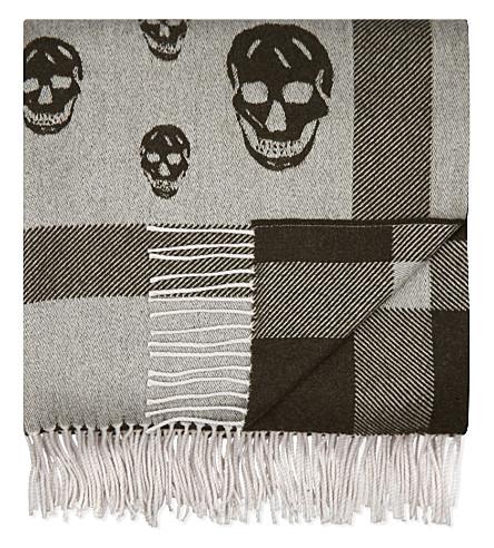 ALEXANDER MCQUEEN Wool-cashmere blend skull blanket (Beige+grey