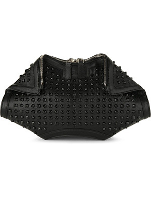 ALEXANDER MCQUEEN De Manta studded leather clutch