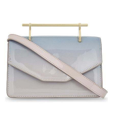 M2MALLETIER Indre patent leather shoulder bag (Pink blue