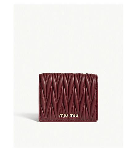 MIU MIU Matelassé quilted leather purse (Barolo