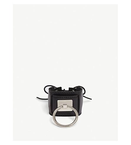 OBERKAMPF Lace-up leather cuff (Black