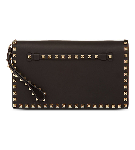 VALENTINO Rockstud leather wristlet clutch (Black