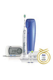 BRAUN Oral-B Professional Care Triumph 5000 electric toothbrush