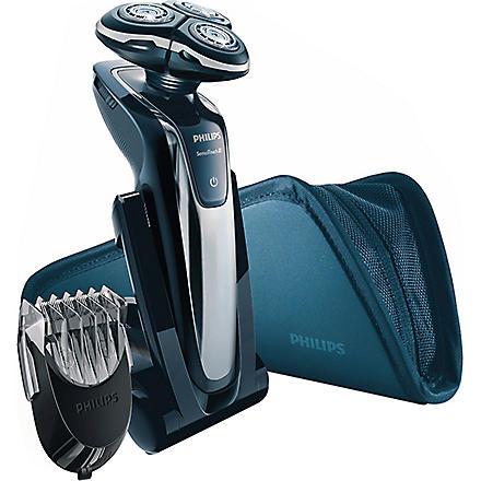PHILIPS SensoTouch 3D shaver