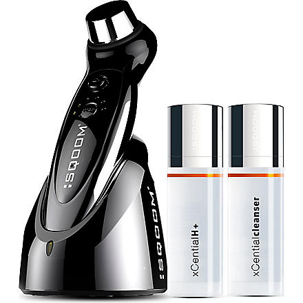 SQOOM M2 anti-aging device with cleanser and anti-aging gel