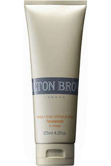 MOLTON BROWN Deep-clean Mineral Ions face wash 125ml