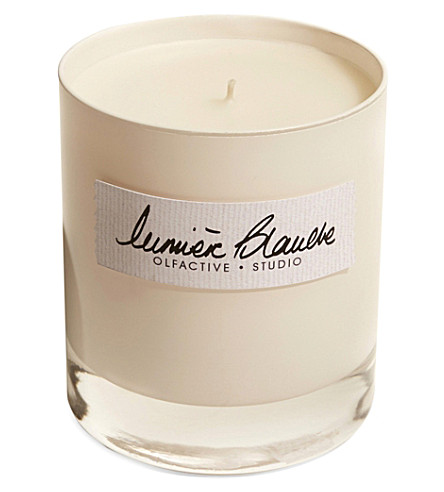 OLFACTIVE STUDIO Lumiere Blanche scented candle 300g