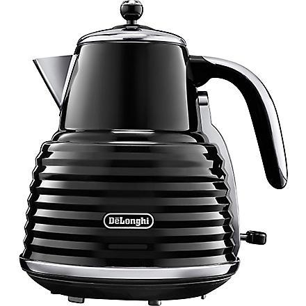 DELONGHI Scultura kettle in black (Black
