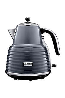 DELONGHI Scultura kettle in gunmetal