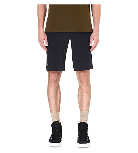 ARC'TERYX Incendo long shorts (Black