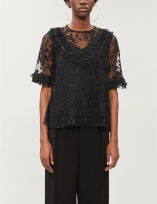 Floral-pattern lace top