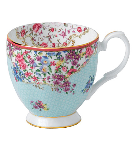 ROYAL ALBERT Candy Sitting Pretty mug