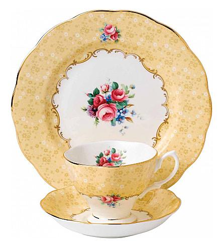 ROYAL ALBERT 100 年的花束 3 片茶叶设置 (1990 年代)