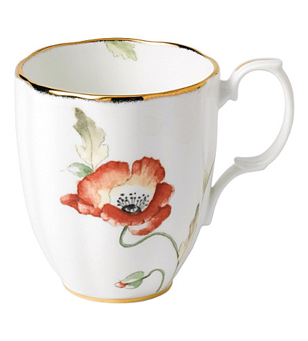 ROYAL ALBERT 100 years poppy mug (1970's)