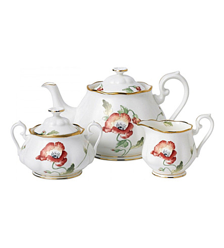 ROYAL ALBERT 100 years poppy 3-piece teapot set (1970)