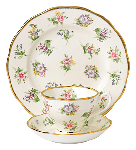 ROYAL ALBERT 100 years spring meadow 3-piece tea set (1920's)