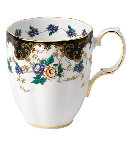 ROYAL ALBERT 100 years duchess mug (1910's)