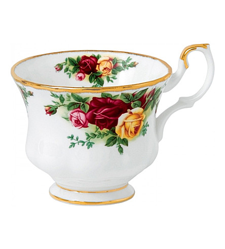 ROYAL ALBERT Old Country Roses tall tea cup