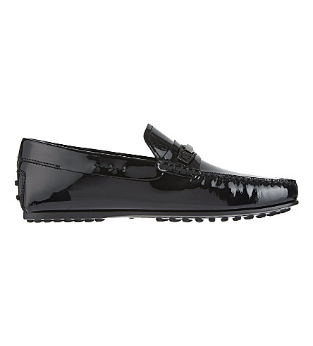 TODS City small clamp patent driver shoes (Black