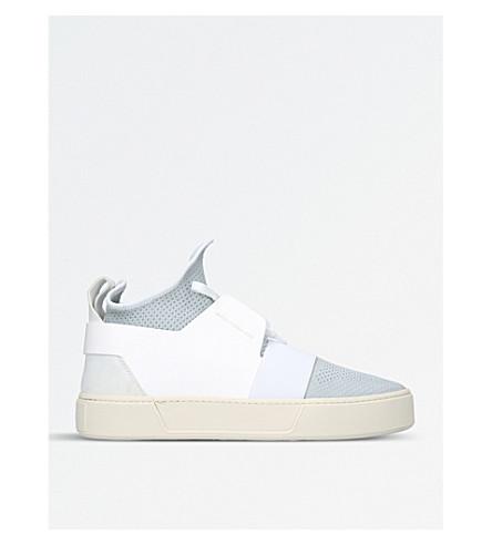 BALENCIAGA网袜高帮皮革和网运动鞋 (白色