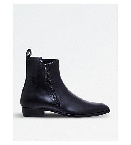 SAINT LAURENT Wyatt leather chelsea boots (Black