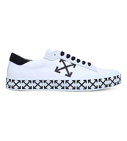 OFF-WHITE C/O VIRGIL ABLOH Arrow canvas trainers (White/blk