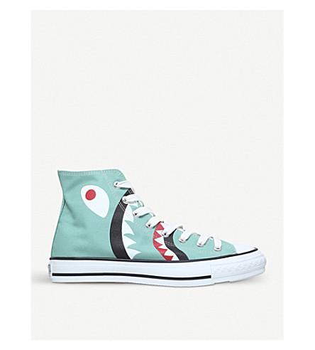 A BATHING APE Shark-motif canvas trainers (Green