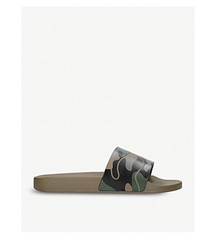 VALENTINO Camouflage-print rubber slider sandals (Khaki
