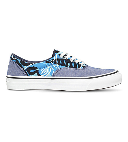 A BATHING APE Tropical camouflage-print canvas trainers (Blue