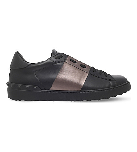 VALENTINO Rockstud studded leather tennis shoes (Black/comb