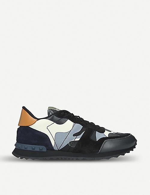 VALENTINO 迷彩铆钉鞋跟皮革运动鞋