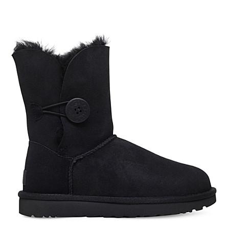 UGG Classic ll Bailey Button sheepskin boots (Black