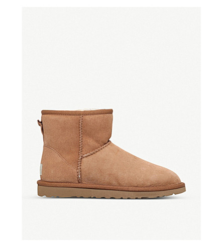 UGG Classic ll Mini sheepskin boots (Brown