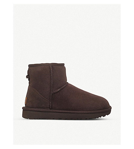 UGG Classic Mini sheepskin boots (Dark+brown