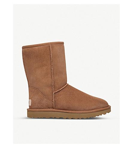 UGG经典短羊皮靴子 (棕色