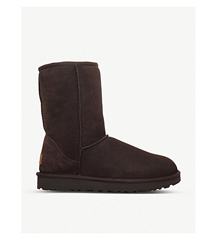 UGG Classic ii Short sheepskin boots (Dark+brown