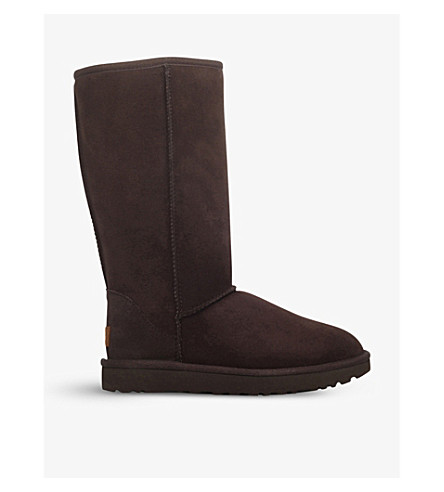 UGG Classic II Tall sheepskin boots (Dark+brown