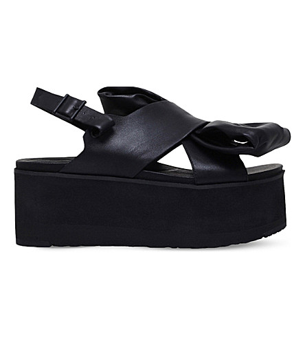 UGG UGG x PREEN Moon Bow leather sandals (Black