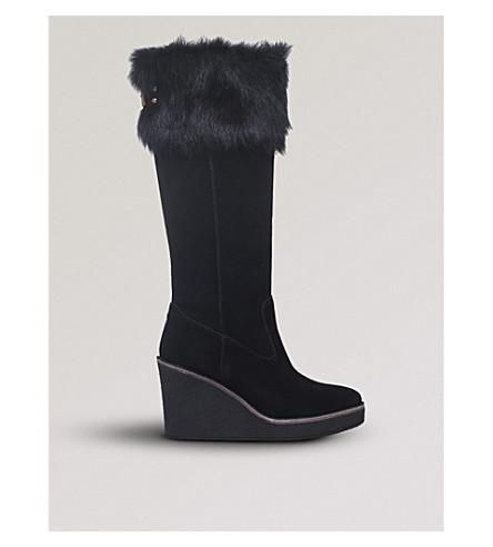 UGG Valberg sheepskin boots (Black