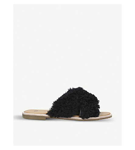 UGG Joni sheepskin sliders (Black