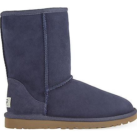 UGG Classic Short sheepskin boots (Navy