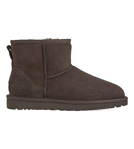 UGG Classic Mini sheepskin boots (Dark+brown