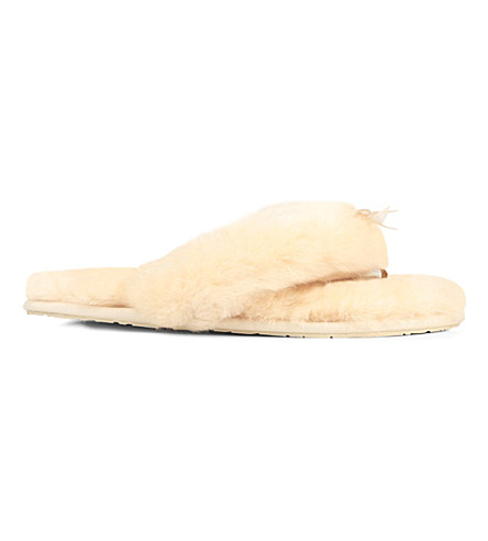 UGG Fluff flip-flop sheepskin slippers (Cream