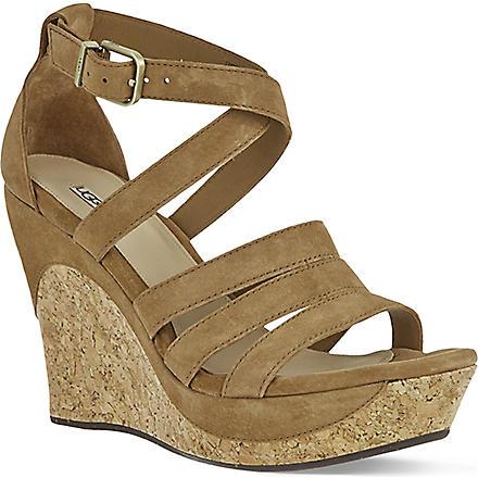UGG Dillion suede sandals (Brown