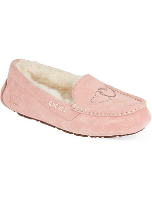 UGG Ansley heart slippers