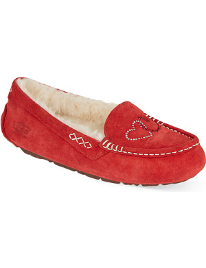 UGG Ansley hearts slippers