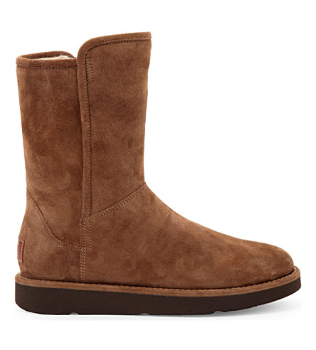 UGG Abree short suede ankle boots (Dark+brown