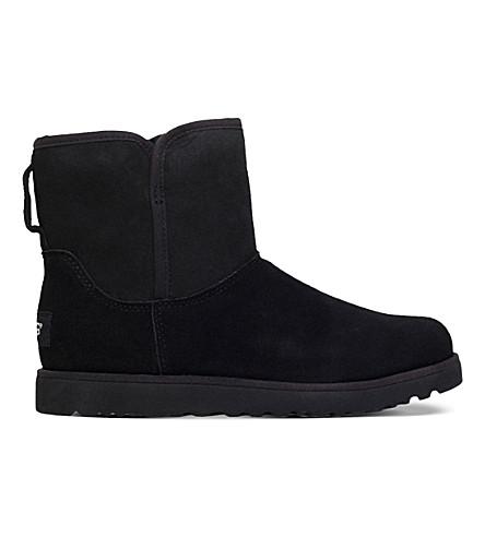 UGG Cory sheepskin boots (Black