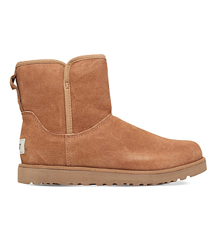 UGG Cory sheepskin boots (Brown